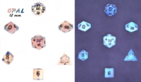 Dice : STONE MULTI CRYSTAL CASTE OPAL SYNTHETIC 01
