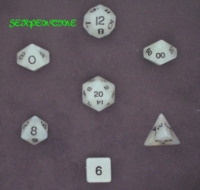 Dice : STONE MULTI CRYSTAL CASTE SERPENTINE 01