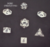 Dice : STONE MULTI CRYSTAL CASTE BONE 02 PROTOTYPE