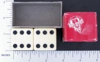 Dice : MINT1 CRISLOID IVORY 2 ONE AND ONE QUARTER 01