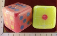 Dice : MINT26 UNKNOWN NEON DICE CANDLES 01