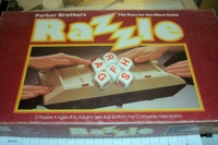 Dice : NON NUMBERED PARKER BROTHERS RAZZLE 01